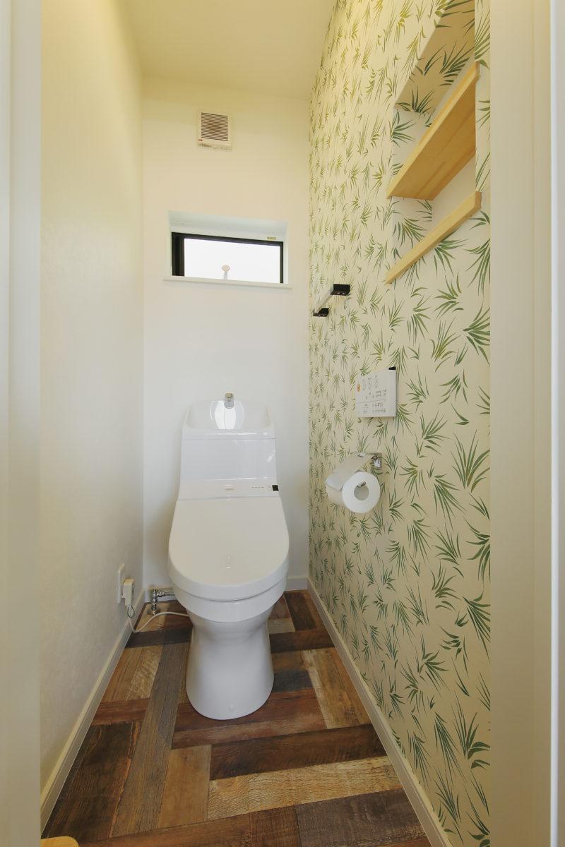 雨でも外でバーベキューができる家のトイレ